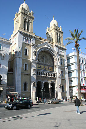 Cathédrale Saint-Vincent-de-Paul.jpg