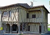 Cavarc - Maison à empilage de poutres de Saint-Dizier -1.JPG