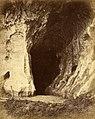 Cave of Kamang, Fort de Kock, 1880.jpg