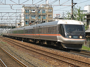 383 series - 383 series train on a Wide View Shinano service