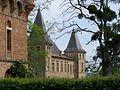 Château de Caumont, façade sud de la partie XVIe siècle.jpg