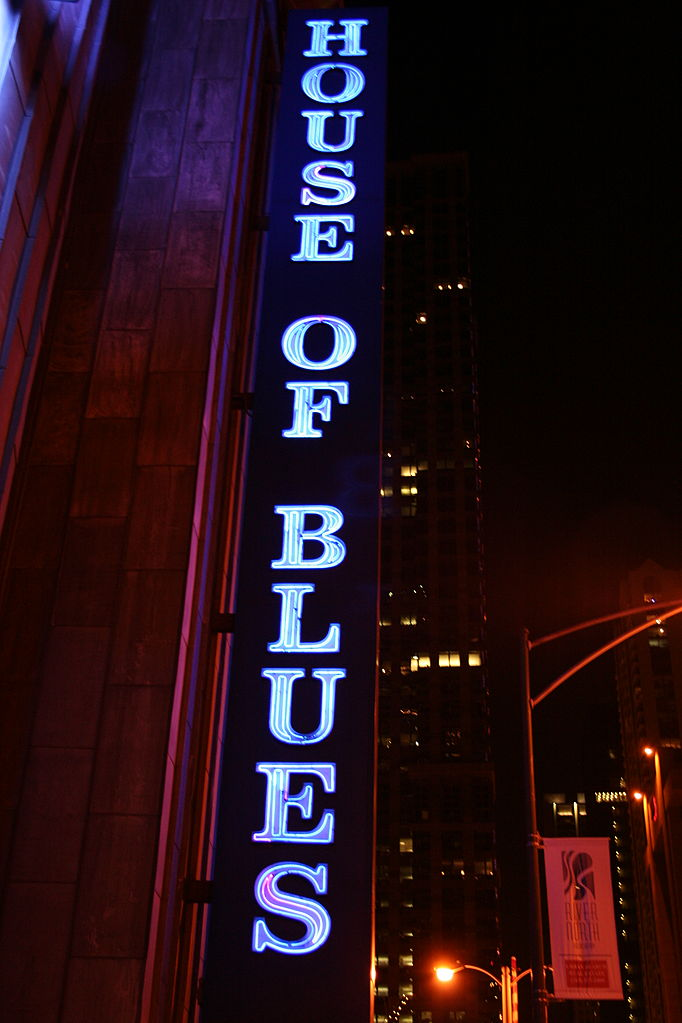 House of blues chicago wiki blouse styles for Housse of blues