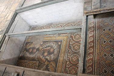 Church of the Nativity mosaic floor 2010 3.jpg