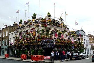 Kensington Church Street - Churchill Arms, Kensington Church Street