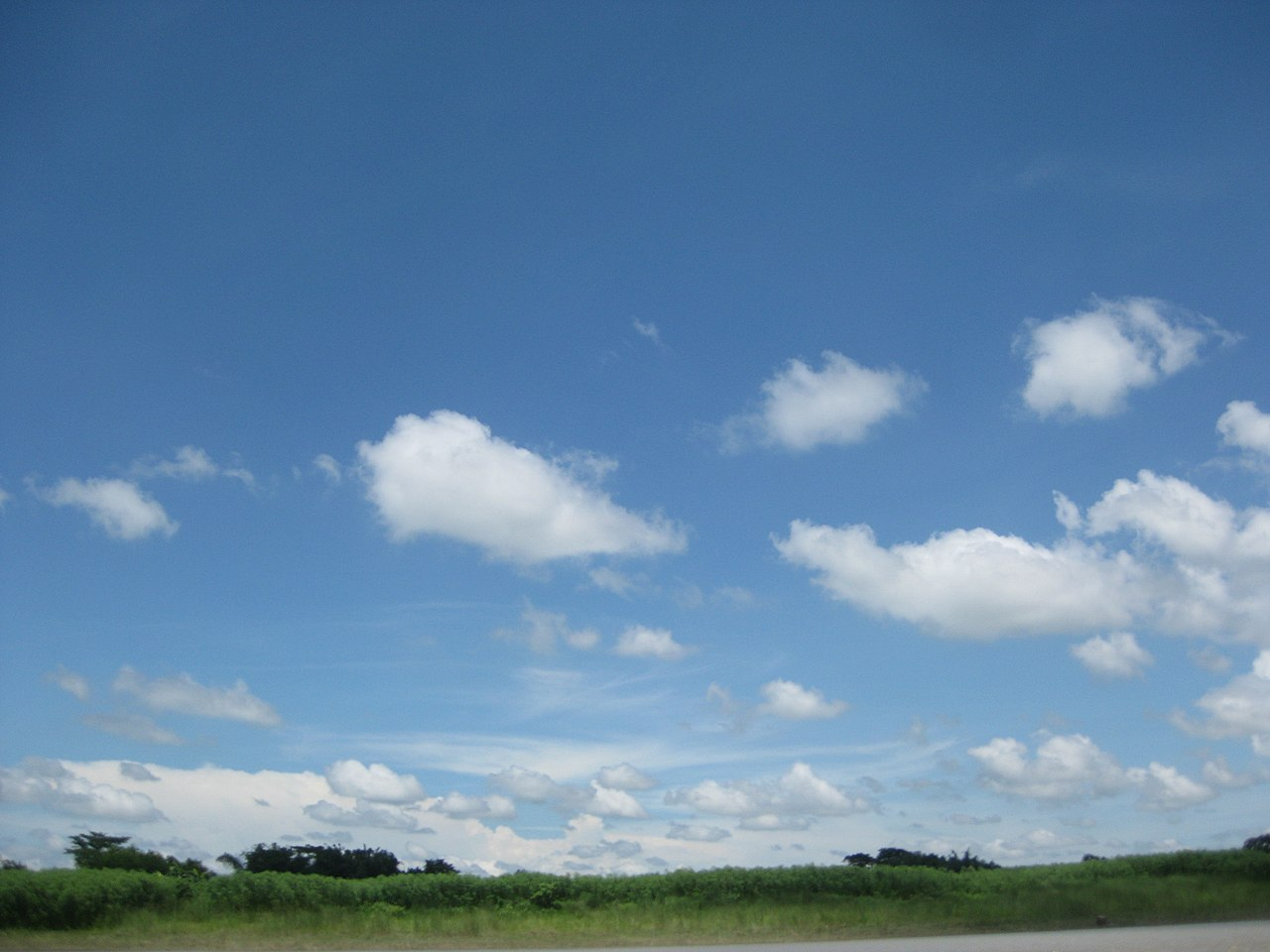 File:Clear sky & Brahmaputra River, Mymensingh 02.JPG ...