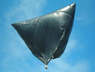 """Solar balloon - A 10-foot solar """"tetroon"""""""