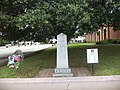Confederate Soldiers Monument at Colquitt County Courthouse.JPG