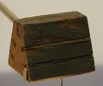 Cooke and Wheatstone telegraph - Cooke and Wheatstone 5-wire telegraph cable in a wooden spacer
