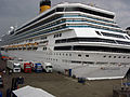 Costa Pacifica in Kiel 2011-05-29 026.jpg