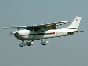 D-ETAR landing.JPG
