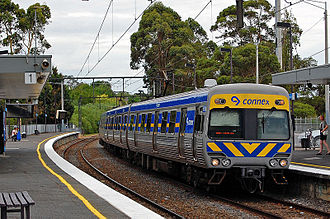 Connex Melbourne - Connex liveried Comeng train at Tooronga in January 2007