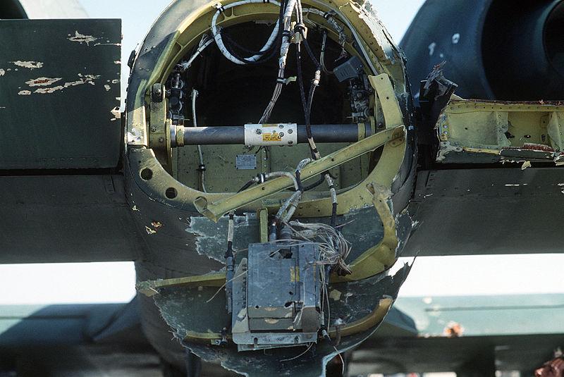 http://upload.wikimedia.org/wikipedia/commons/thumb/e/e8/Damaged_A-10A.JPEG/800px-Damaged_A-10A.JPEG
