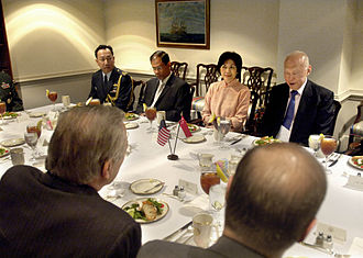 Masagos Zulkifli - Masagos (back, second from left), then Senior Parliamentary Secretary for Education, at a working lunch hosted by United States Secretary of Defense Donald Rumsfeld in The Pentagon on 17 October 2006. With him are (left to right) the Defence Attaché in Singapore's U.S. Embassy Brig.-Gen. Richard Keng Yong Lim, Singapore's Ambassador to the U.S. Chan Heng Chee, and Minister Mentor Lee Kuan Yew.
