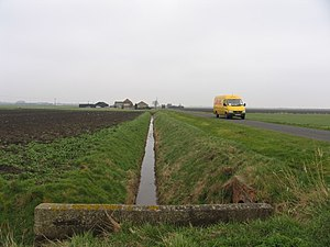 English: Delivery Van at Digby Fen
