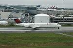 Delta N965AT Boeing 717-200 (31340792698).jpg