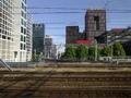 Den Haag, Prinses Beatrixlaan, gezien vanaf het spoor.png