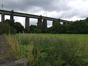 Dinting Viaduct - The central section as viewed from the A57; 2008