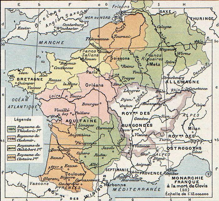 Verdeling van Clovis' rijk onder zijn zonen. ██Theuderik I (Reims) ██Chlodomer (Orléans) ██Childebert I (Parijs) ██Chlotarius I (Soissons)