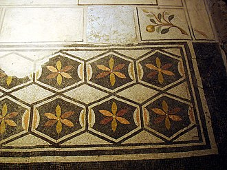 Six-petal rosette - Image: Domus Ortaglia brescia by Stefano Bolognini 25
