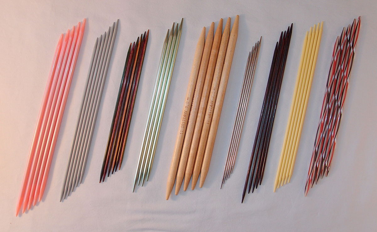 Double pointed knitting needles.JPG