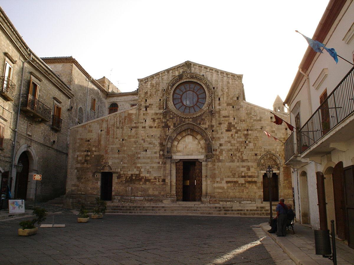 Bovino Cathedral - Wikipedia