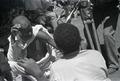 ETH-BIB-Abessinier demonstrieren Wundbrennen für Kamera-Abessinienflug 1934-LBS MH02-22-1066.tif