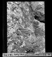 ETH-BIB-Surlej Bach, Staumauer, ausgebauchte alte Basismitte-Dia 247-14170.tif