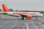 EasyJet, G-EZAC, Airbus A319-111 (24012884885).jpg