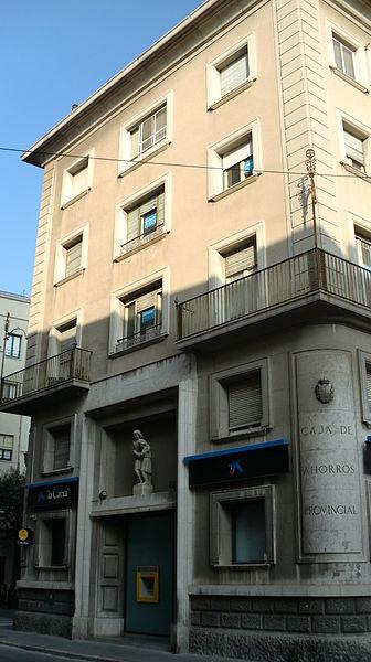 File edifici antiga caixa girona al carrer monturiol n m 15 a figueres wikimedia commons - Caixa d estalvis i pensions de barcelona oficinas ...