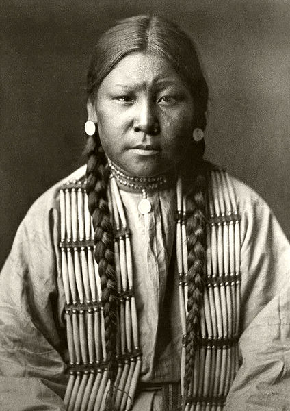 Fil:Edward S. Curtis Collection People 025.jpg