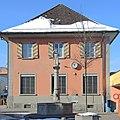 Einsiedeln - Bahnhof und St. Meinrad-Brunnen 2013-01-26 12-50-24 (P7700) ShiftN.jpg