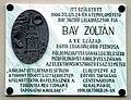 Emléktábla Bay Zoltán szülőházán.jpg