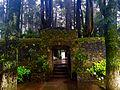 Entrada al patio de la capilla de los secretos.jpg