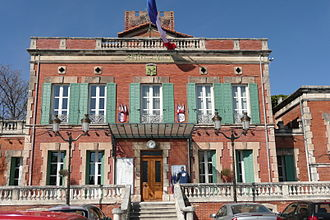 Entraigues-sur-la-Sorgue - Town hall