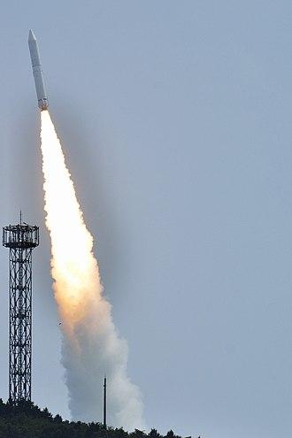 Epsilon (rocket) - Image: Epsilon 1 launching HISAKI