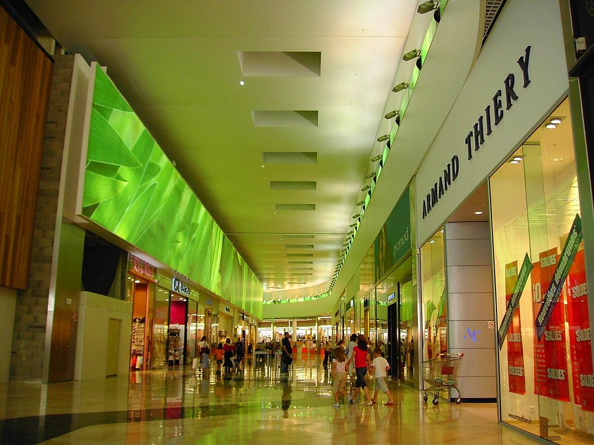 Espace comboire zone commerciale wikip dia - Zone commerciale nancy ...