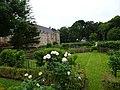 Esquelbecq.- Parc et abords du Chateau (2).JPG
