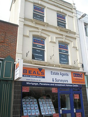 selling homes in the Washington area, Long and Foster real estate agents - Estate agents in Gosport High Street