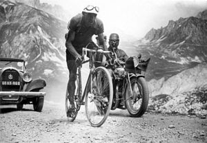 1934 Tour de France - Federico Ezquerra, who was the first to reach the tops of the Télégraphe (not counted for the mountains classification) and the Galibier.