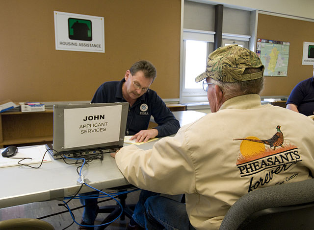 specialist working in disaster recovery wikimedia commons