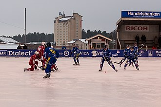 Falun - The bandy team of Falu BS executing a corner