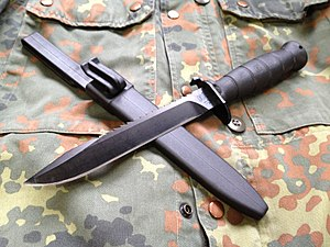 Glock knife - Survival Knife 81 (Feldmesser 81) with saw-teeth at the back of the blade and its sheath