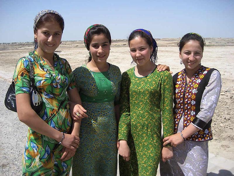 Female Visitors, Merv (5730558119).jpg