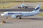 Finnair (Oneworld Livery), OH-LVD, Airbus A319-112 (16270591077) (2).jpg