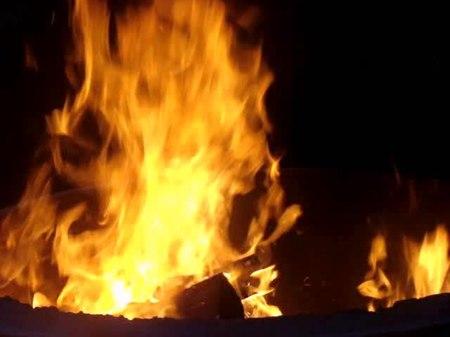 File:Fire burning.ogv