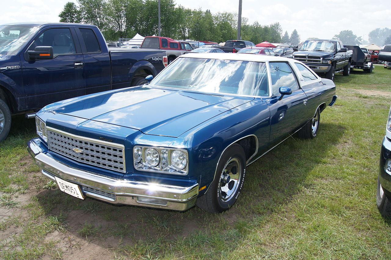 File:Flickr - DVS1mn - 76 Chevrolet Impala Custom (2).jpg ...