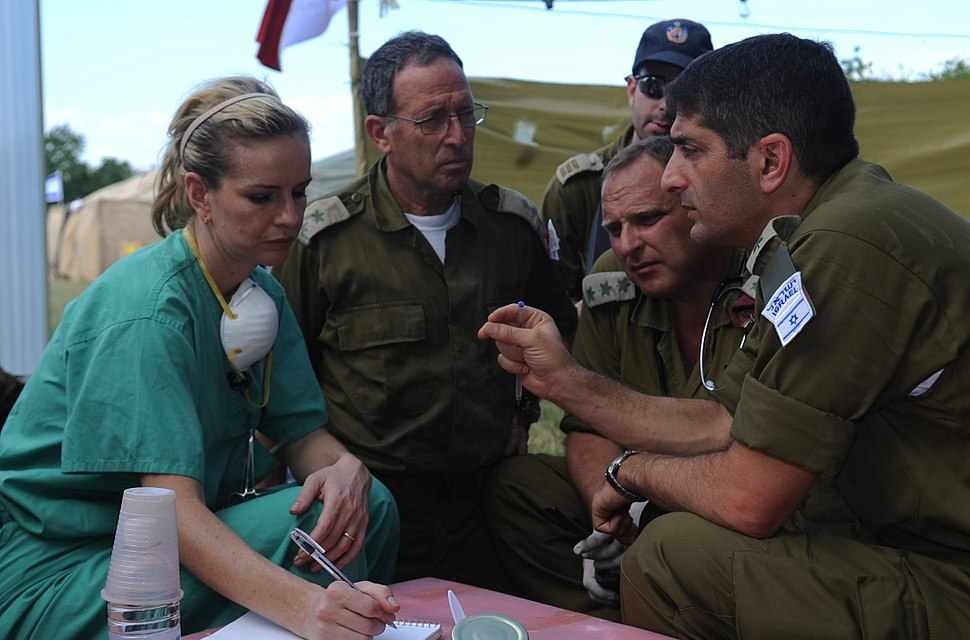 Flickr - Israel Defense Forces - IDF Coordination with American Doctor (1)