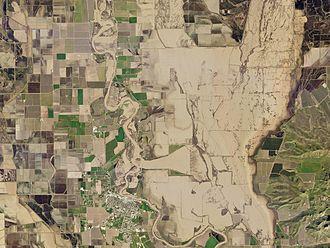 2017 California floods - Flooding inundates farmland along the Sacramento River outside Colusa, on February 11