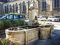 Fontaine de l'église.jpg