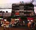 Fruit vendors in chinatown (6965466592).jpg